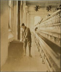 (Lewis Hine, 1908)
